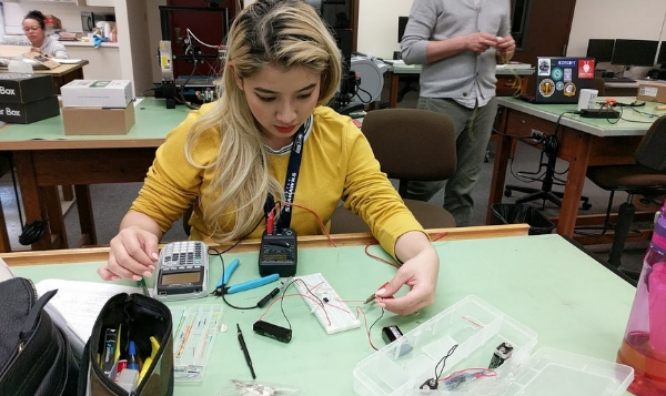 Student working in the SSC MakerSpace